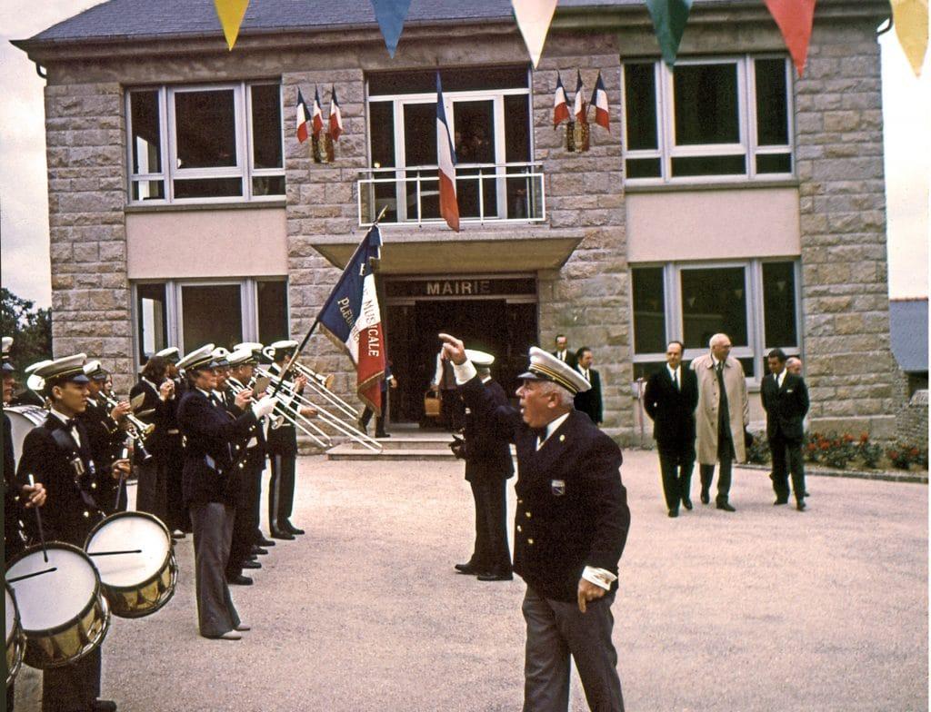 Inauguration de la nouvelle Mairie avec René Pléven
